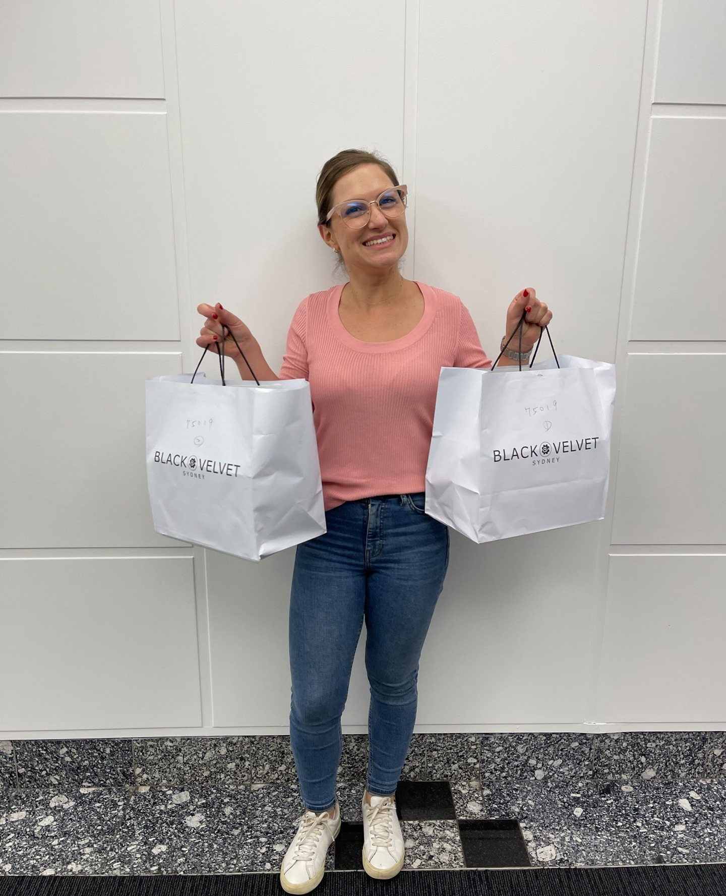 Service with a smile. In the latest instalment of WOW's cupcake crusade, it was Arzum's turn to sprinkle some joy on her clients and candidates. #RecruitmentHappy