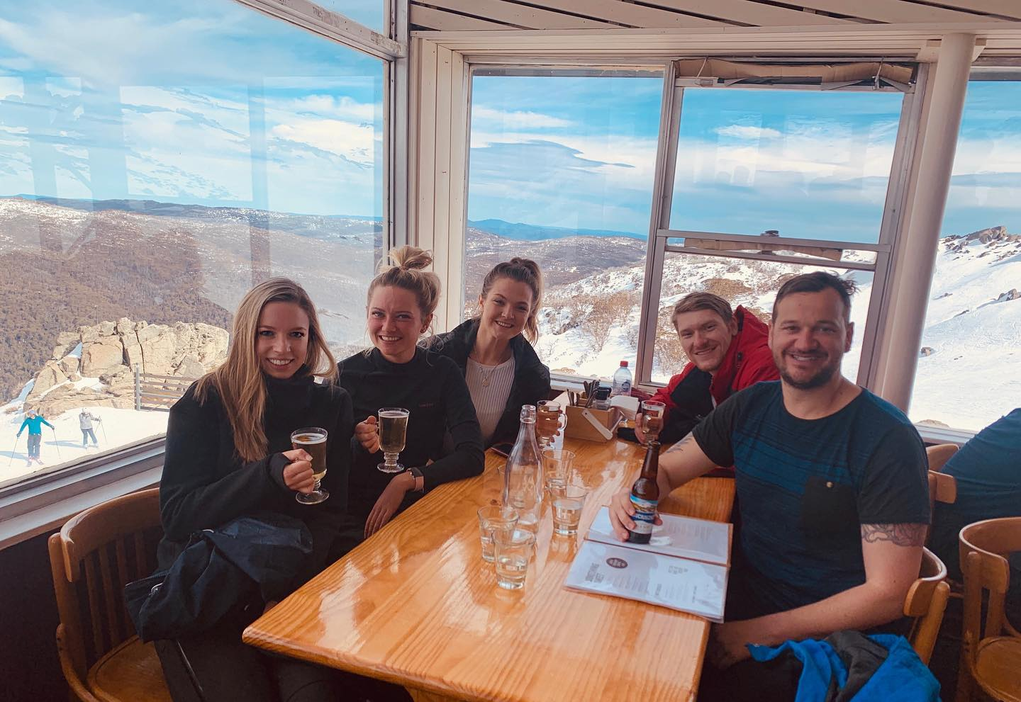 Amazing weekend in Thredbo with the team!!! Keep kicking goals ⛷